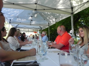 19-Okanagan-Grill-+-Bar- June 2015 - Sysco Kelowna - guests at the table